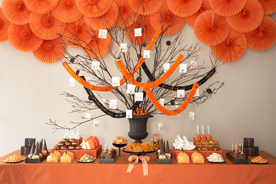 Amy Atlas's Tips For a Spooktacular Halloween Dessert Table