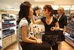 Salon at ULTA Offers Holiday Makeovers