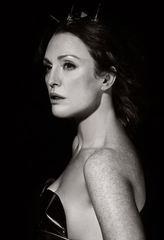 Julianne Moore as Hera