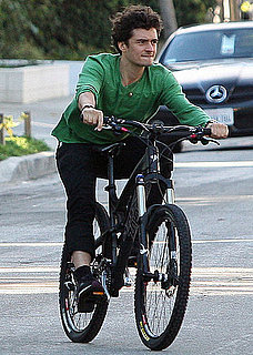 Pictures of Orlando Bloom Riding Around LA on a Bike