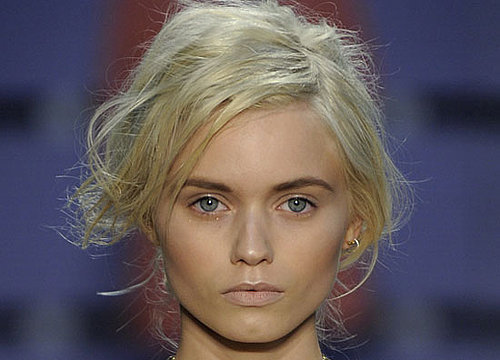 Trend Alert: Proenza Schouler Spring 2011 and Michelle Williams Wears Dark Eyebrows With Platinum Hair
