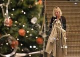 Kirsten Dunst and Her Boyfriend Spend a Rainy Saturday Holiday Shopping