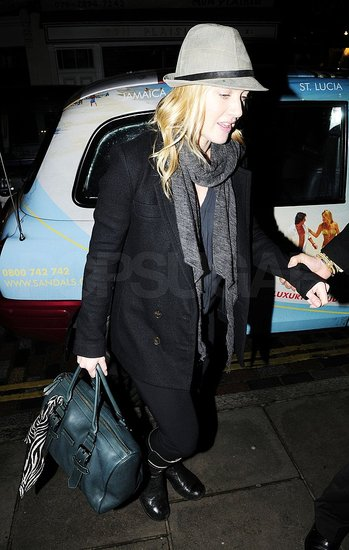 Kate Winslet Treats Herself to a Holiday Meal in London