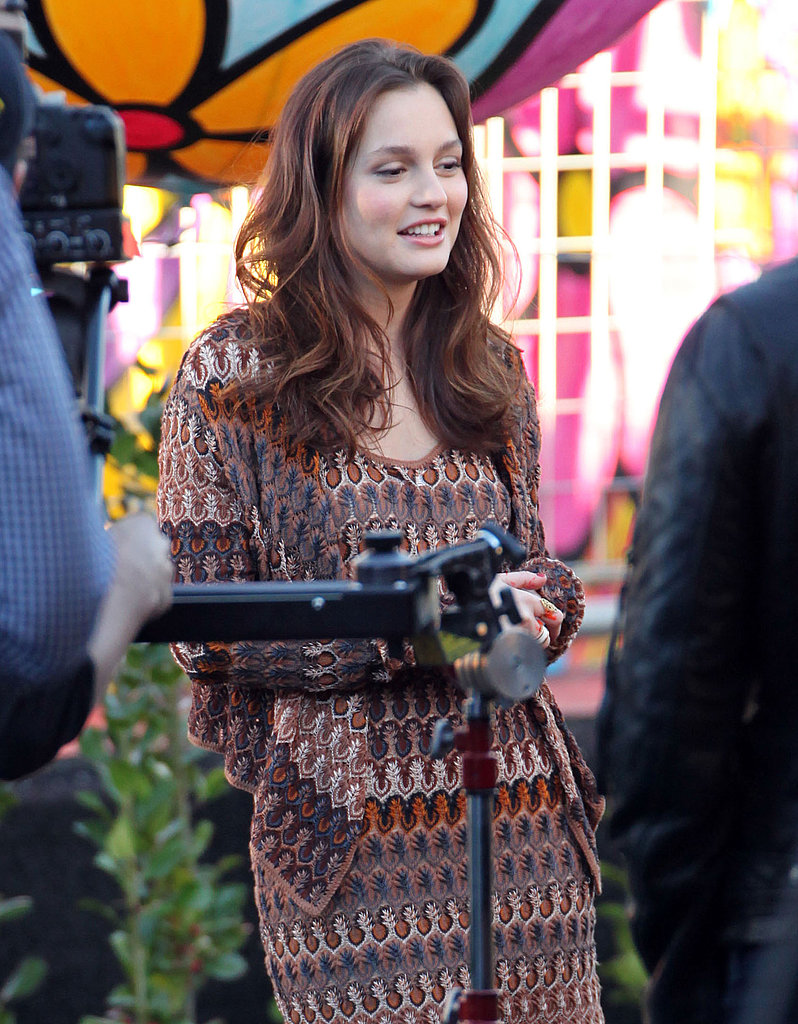 Leighton Meester Skates Her Way Onto the Golden Globes Stage