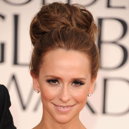 Jennifer Love Hewitt at 2011 Golden Globes