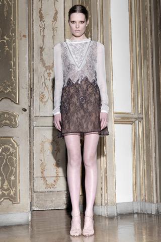 """Maria Grazia Chiuri and Pier Paolo Piccioli's """"Techno Couture"""" Pre-Fall 2011 Collection For Valentino"""