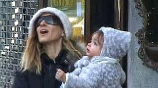 Video of Sarah Jessica Parker With Her Twins in New York