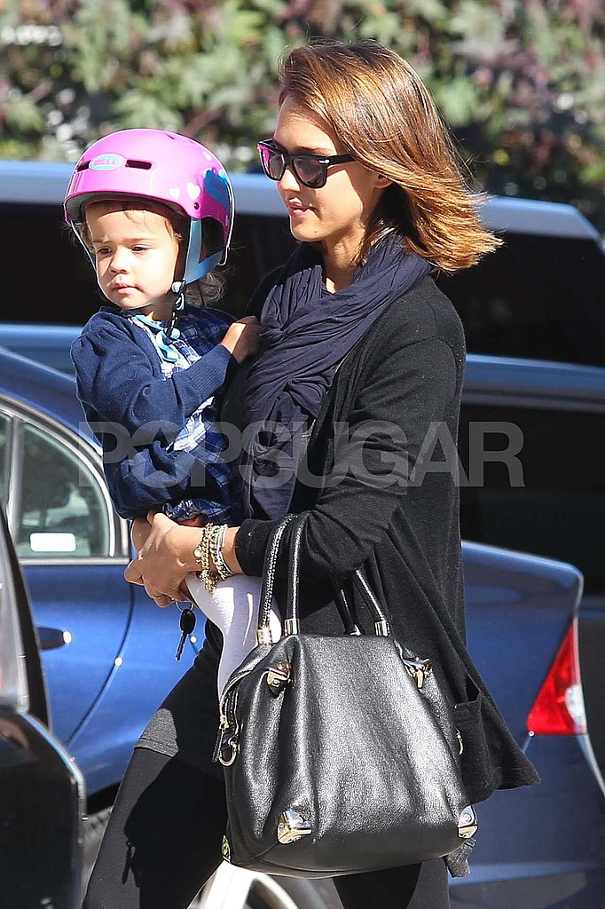 Jessica Alba Puts Safety First With Honor's Pink Tricycle Helmet!