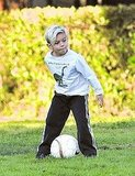 L'Oréal Model Gwen Stefani Logs Studio Time While Kingston Works on His Soccer Skills