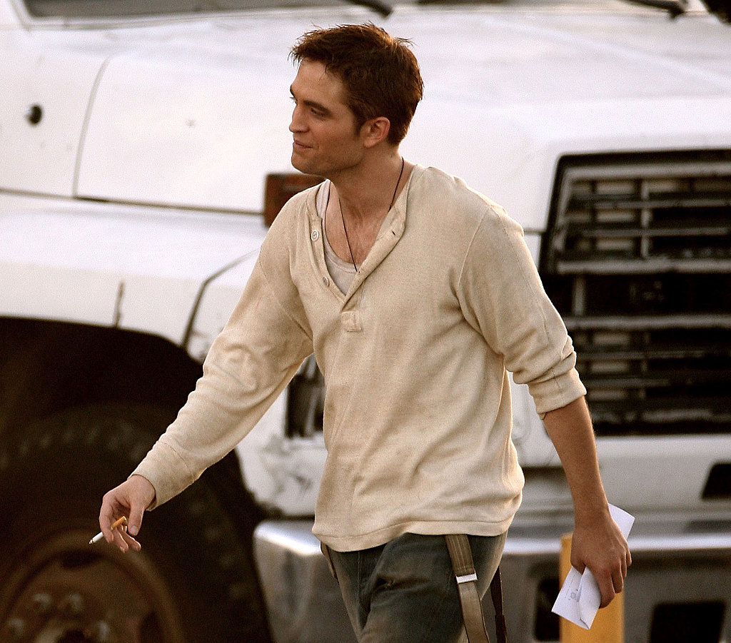 Robert Pattinson Returns to Dirty, Sexy Jacob on Water for Elephants Set With Reese