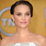 Natalie Portman Wins the Screen Actors Guild Award For Outstanding Performance By a Female Actor in a Leading Role