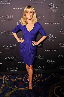 Pictures of Reese Witherspoon Posing at Avon Event in Atlanta 2011-01-25 15:07:08