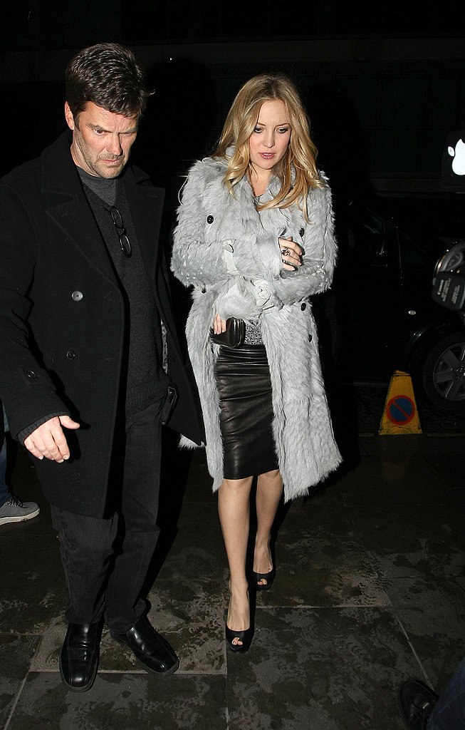 Pictures of Kate Hudson Out in London Amid Engagement Rumors 2011-01-27 00:48:19