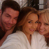 LC prepped with her pals during hair and makeup.  Source: Twitter user laurenconrad