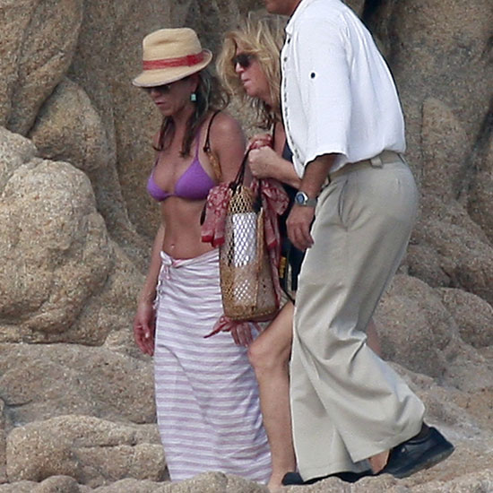 Jennifer was joined by friends during a November 2009 trip to Cabo.