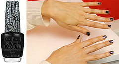 Get Katy Perry's Black Shatter Manicure at Sunpoint Retreat