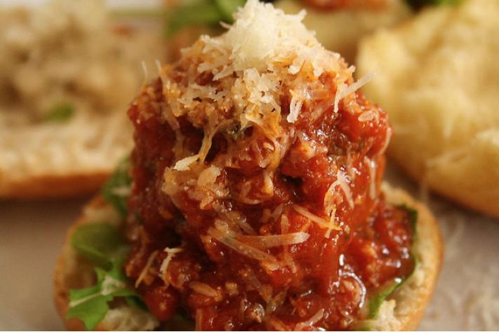 Make Meatball (or Meatless Meatball) Sliders