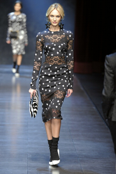 Fall 2011 Milan Fashion Week: Dolce & Gabbana 2011-02-28 14:01:04