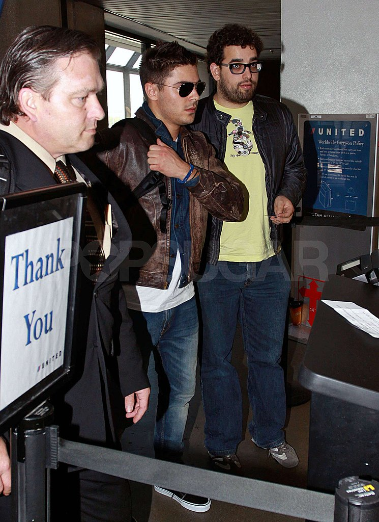 Zac Takes Off From LA and Parties With Rihanna