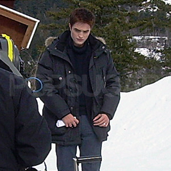 Pictures of Robert Pattinson Shooting Breaking Dawn in Vancouver