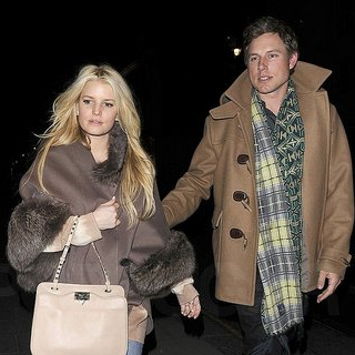 Pictures of Jessica Simpson and Eric Johnson Leaving Their NYC Hotel