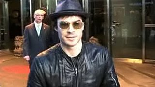 "Video: Ian Somerhalder Says ""Sex"" Sets The Vampire Diaries and Twilight Apart"