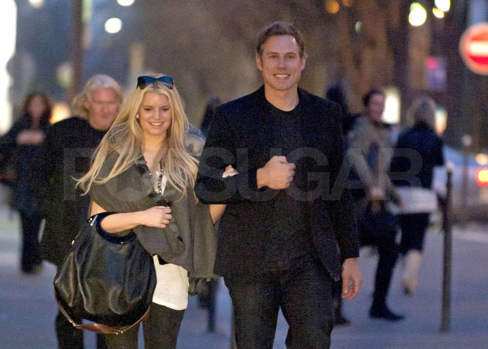 Jessica Simpson and Eric Johnson Share a Sunset Stroll on the Champs-Elysées