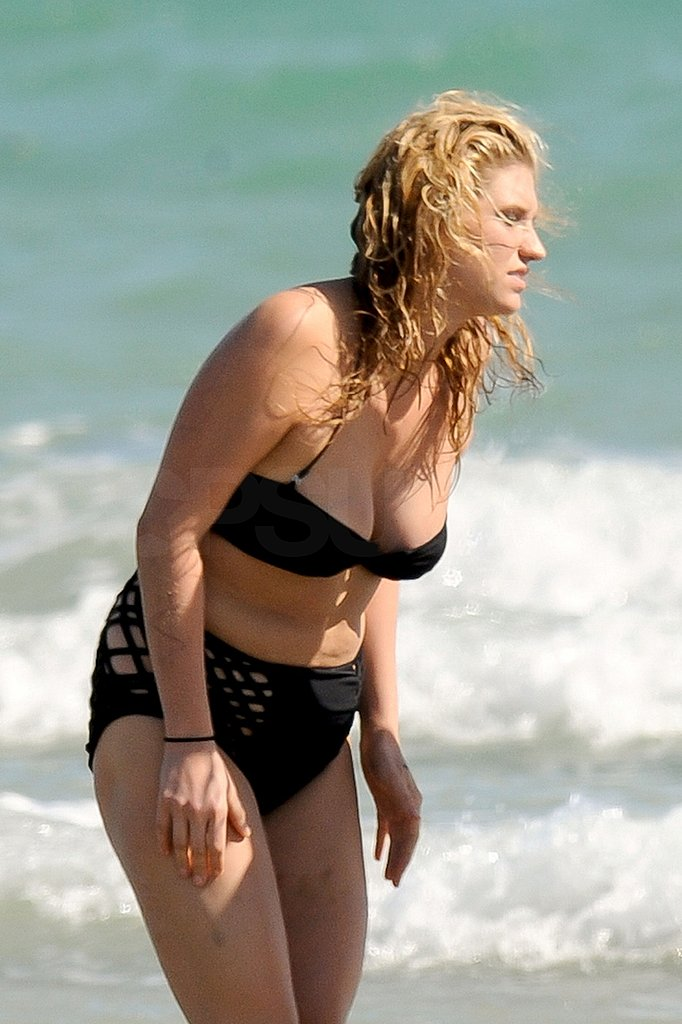 Ke$ha Breaks Out Her Bikini For a Day at the Beach in Australia!