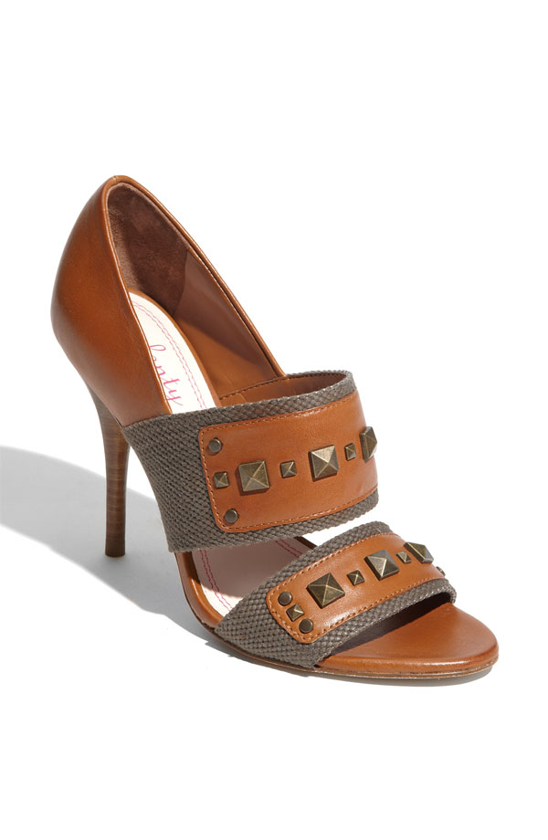 We love the studs on the mix of leather and canvas in this Plenty by Tracy Reese Sandal ($138).