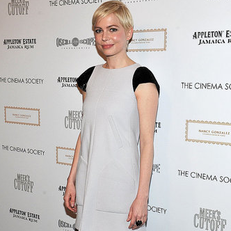 Pictures of Michelle Williams at a Screening of Meek's Cutoff in NYC
