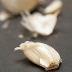 How to Maximize Garlic's Health Benefits