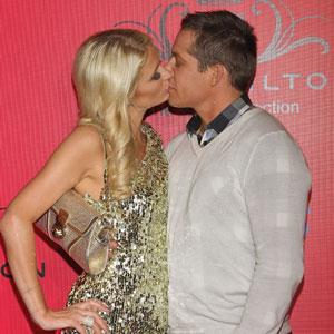 Pictures of Paris Hilton Kissing Cy Waits