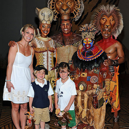 Photos de Britney Spears, Sean Preston, et Jayden James qui sont alles voir le Roi Lion a Las Vegas