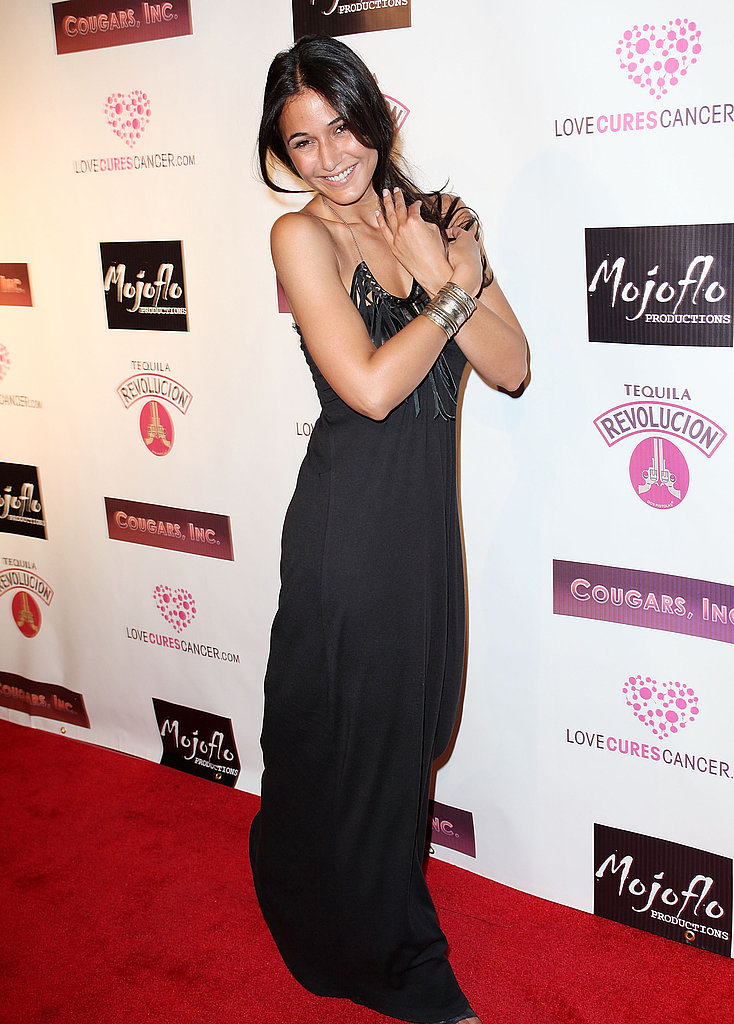 We love Emmanuelle Chriqui's sexy-sleek black and statement necklace.