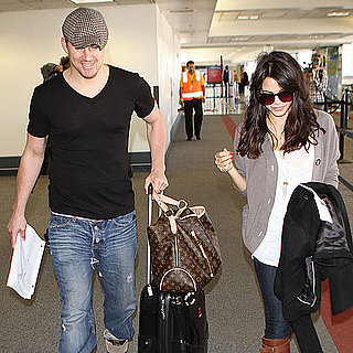 Pictures of Channing Tatum and Jenna Dewan at Airport 2011-04-05 03:12:00