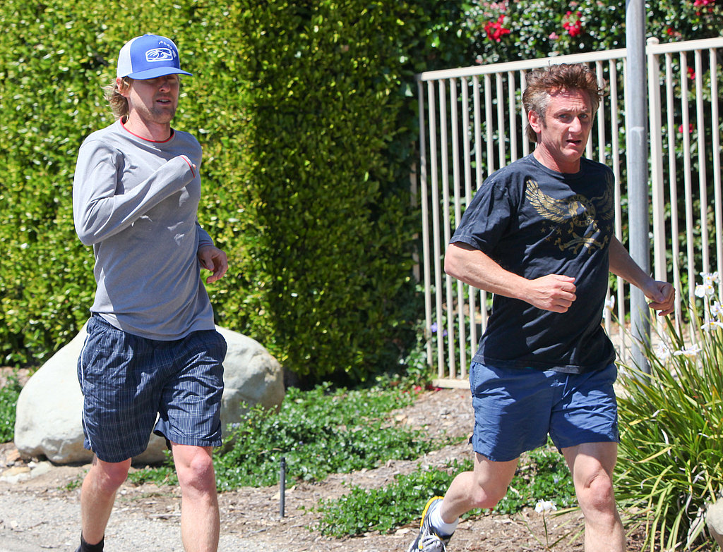 Scarlett and Sean Take a Jog With Pal Owen Wilson!