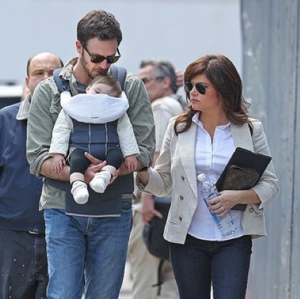 Tiffani Thiessen Leaves the Set of White Collar With Harper and Brady Smith