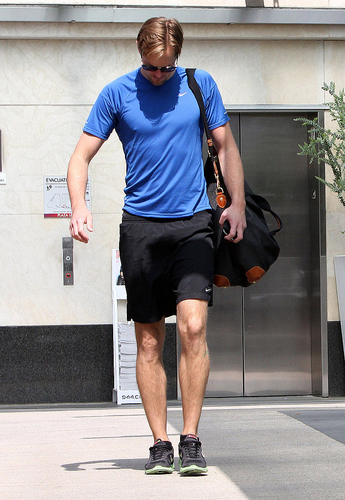 Alexander Skarsgard Follows Up a Musical Getaway With Gym Time