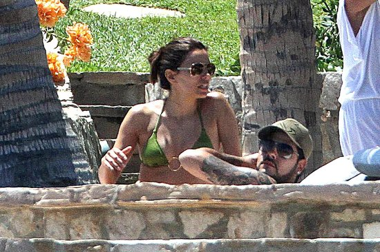 Eva Longoria Wears Her Bikini on a Mexican Easter Getaway With Shirtless Eduardo Cruz
