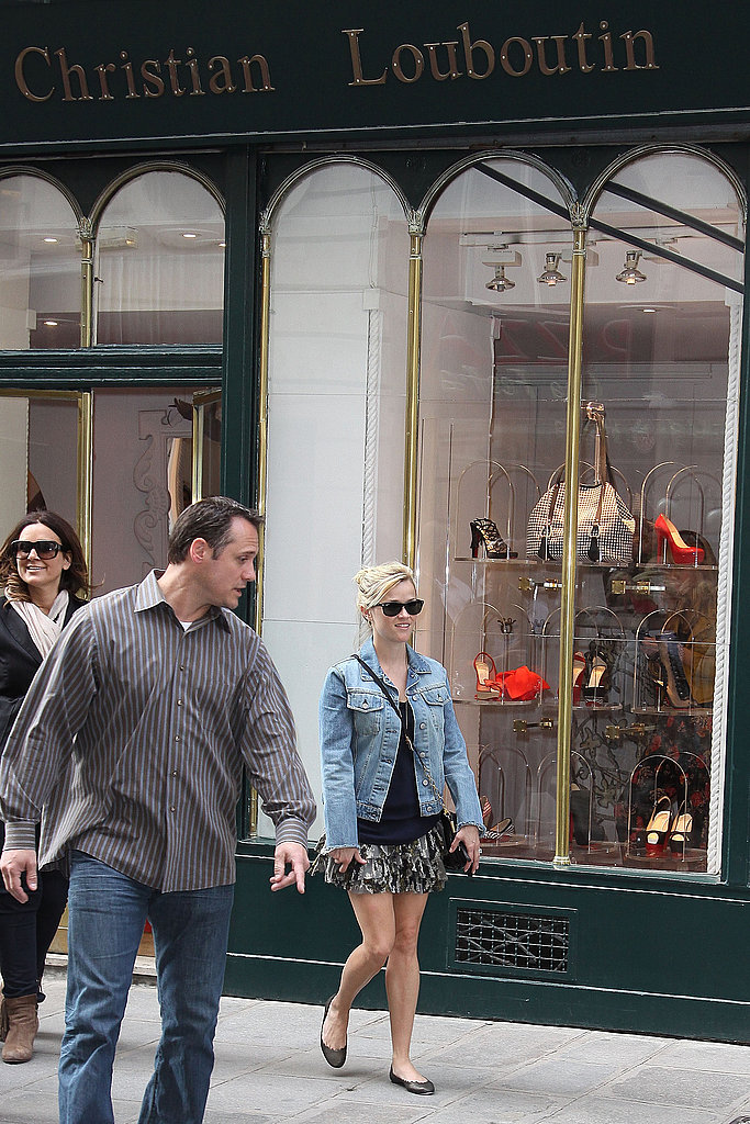 Reese Witherspoon Shops in Paris as She Preps For Another WFE Premiere