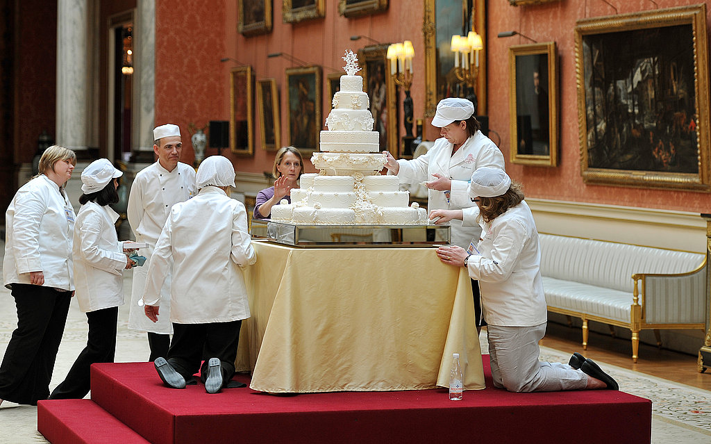 A First Look at Prince William and Kate Middleton's Royal Wedding Cake!