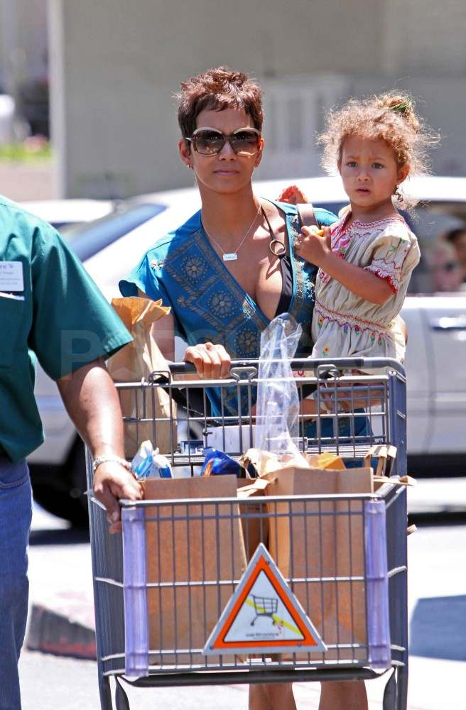 Halle Berry Brings Nahla and Her Bikini Top to the Grocery Store