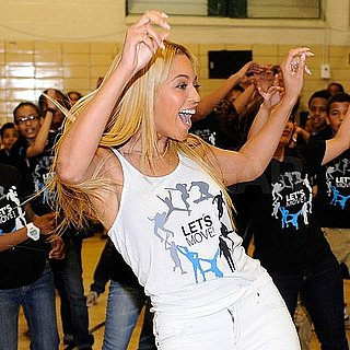 Beyonce Knowles Pictures Dancing With School Kids in Harlem 2011-05-04 09:47:40