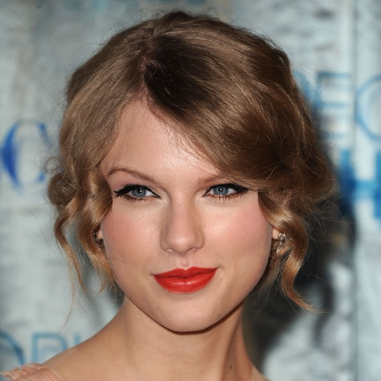 Wedding Makeup Romantic A sweet poppycoloued lip shade is a great