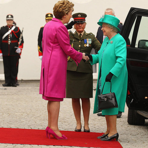 Pictures of Queen Elizabeth in Ireland