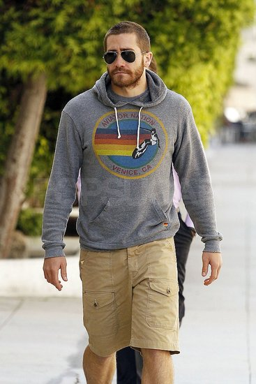 Jake Gyllenhaal Chills on the West Coast Following a Flirty Weekend in Brooklyn