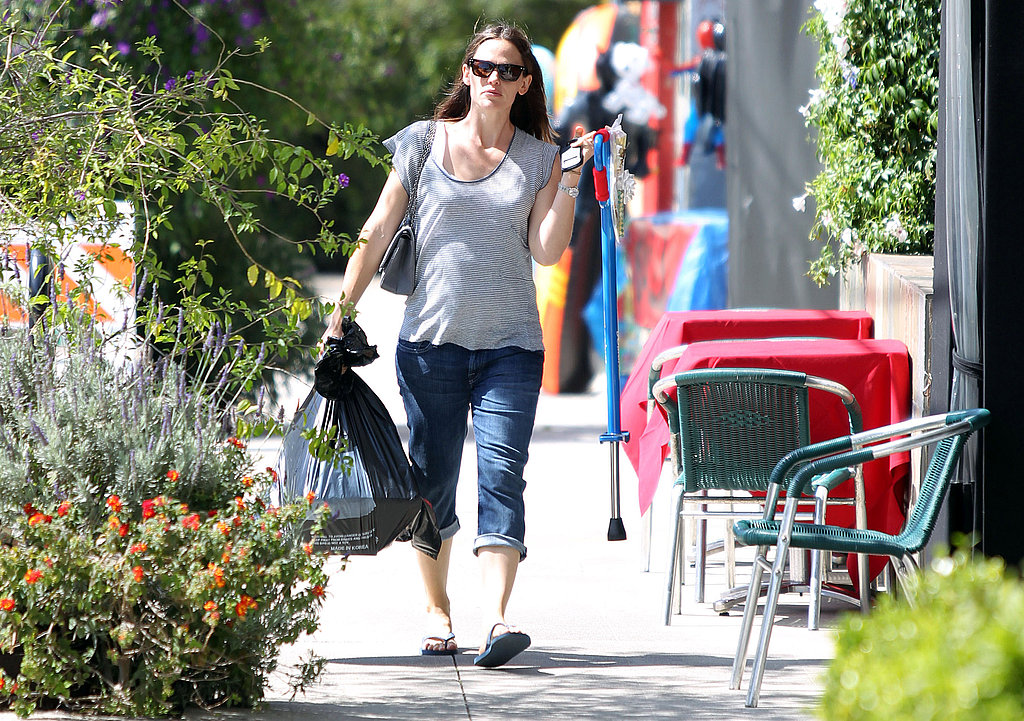 Jennifer Garner Preps For Memorial Day With a Pogo Stick and a Sunny Smile