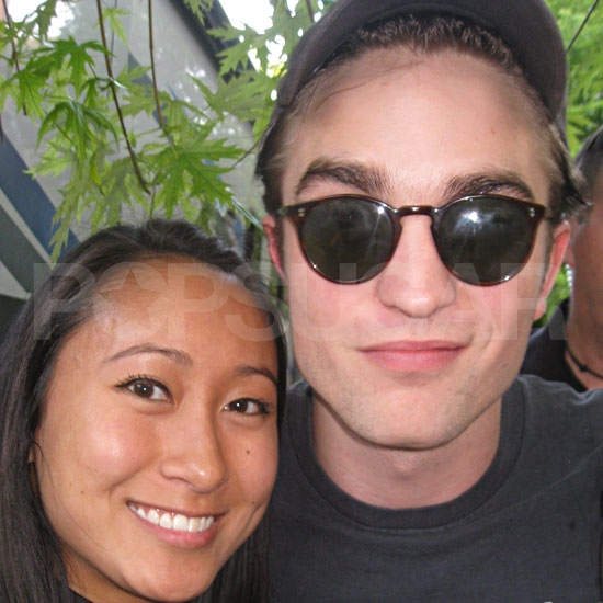 Robert Pattinson Shows Love For His Lady Fans Despite a Long Day's Work