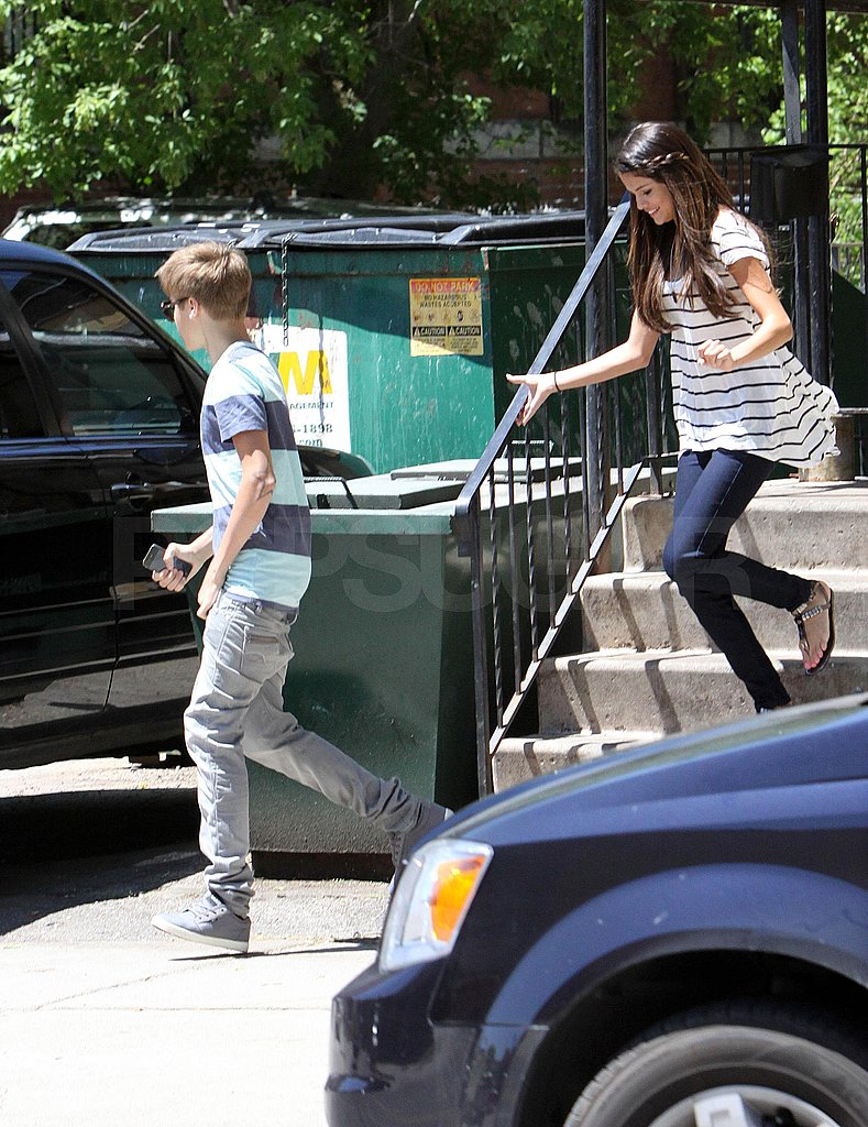 Justin Bieber and Selena Gomez Grab a Loved-Up Lunch in Canada