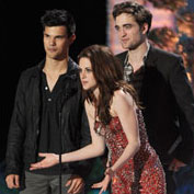 Robert Pattinson, Kristen Stewart, Taylor Lautner MTV Movie Awards Pictures
